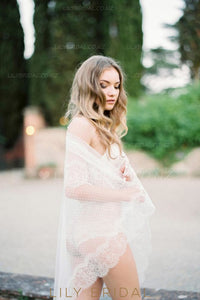 One-Tier Mid-Length Spotted Lace Bridal Veil