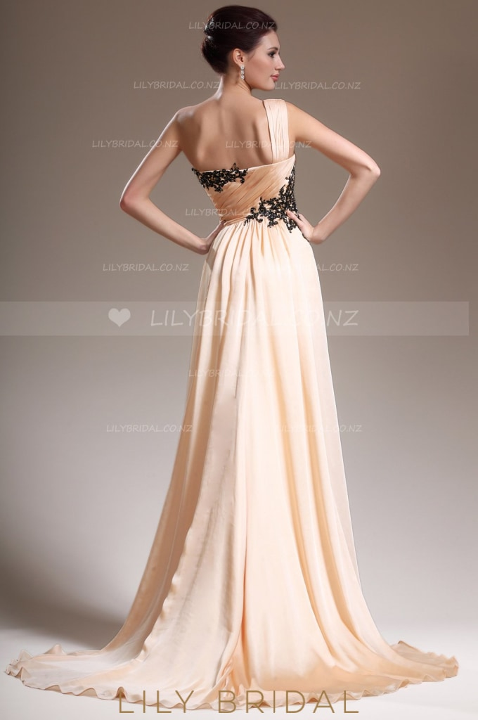 Pearl Pink Sweetheart One-Shoulder Appliqued Chiffon Evening Dress With Sweep Train