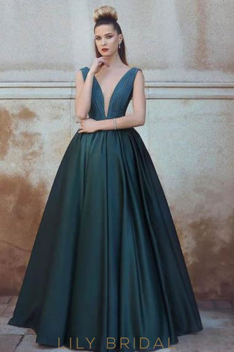 Elegant Plunge Neck Sleeveless Floor-Length Solid Ruched Ball Gown Evening Dress