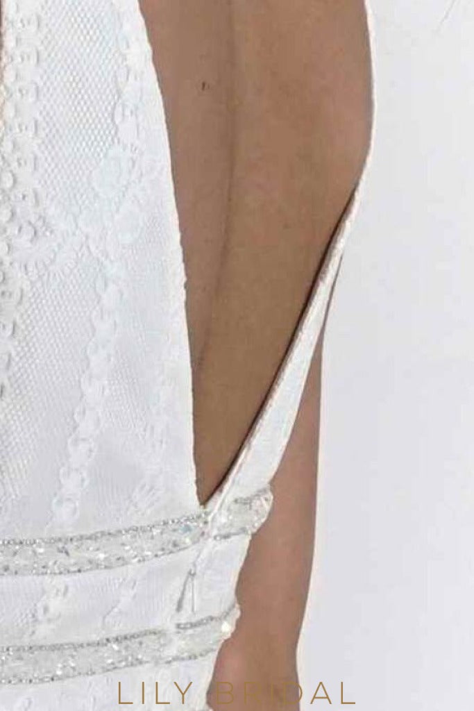 Plunging V-Neckline Open Back Sleeveless Short Lace Prom Dress