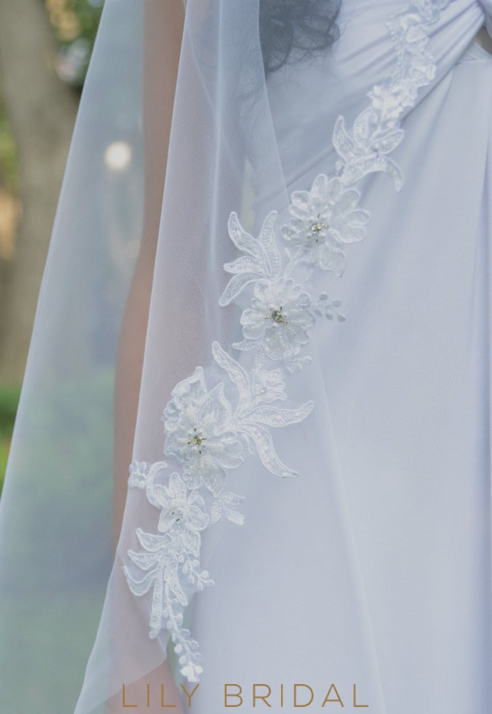 Pretty One Tier Beaded Floral Lace Wedding Veil