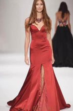 Red Sweetheart Strapless Satin Mermaid Evening Dress With Slit