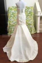 Ruched Strapless Sweetheart Satin Mermaid Bridal Dress With Court Train