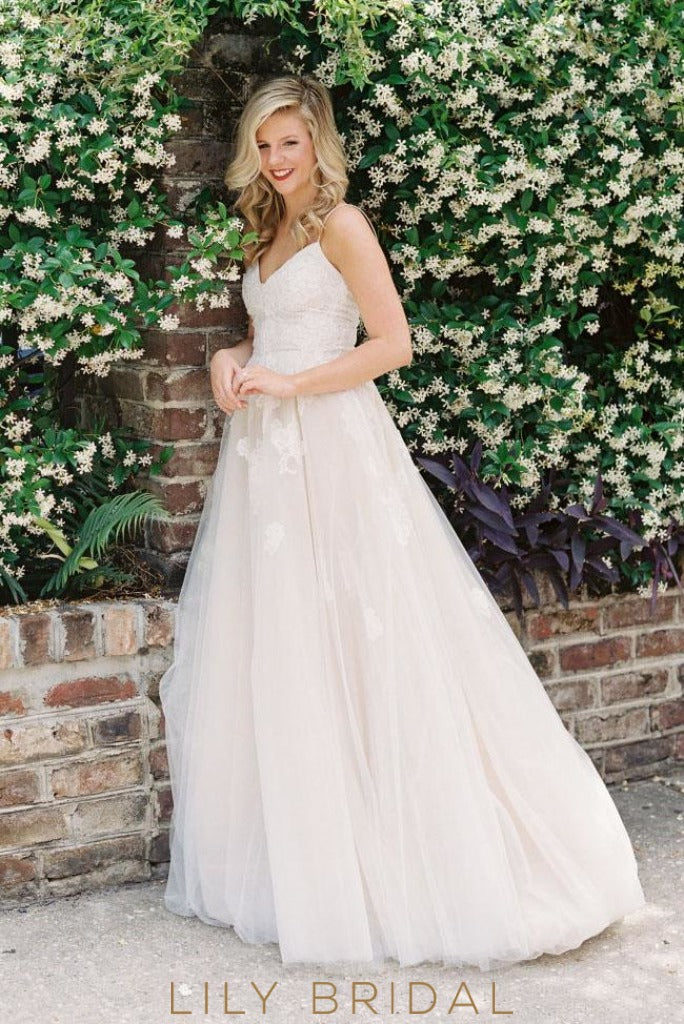 150e7825a468 Scoop Back Tulle Wedding Dress with Spaghetti Straps V-Neckline Empire Waist