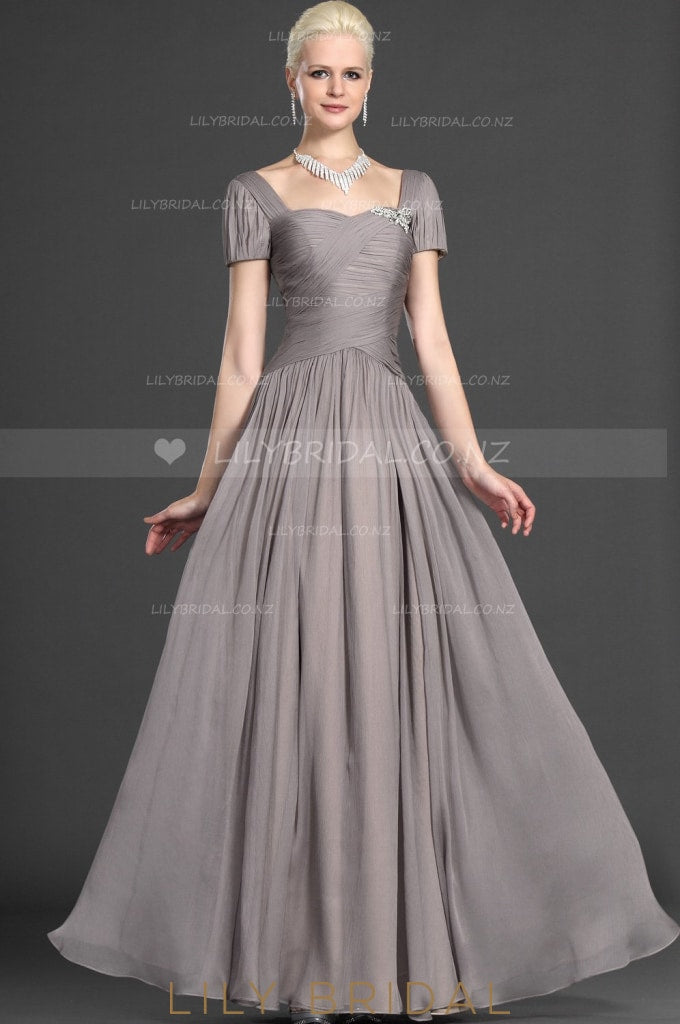 Short Sleeve Sweetheart Ruched Chiffon Formal Evening Dress With Brooch