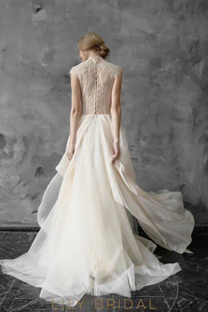 A-line Silhouette Cap Sleeves Lace and Tulle Wedding Dress