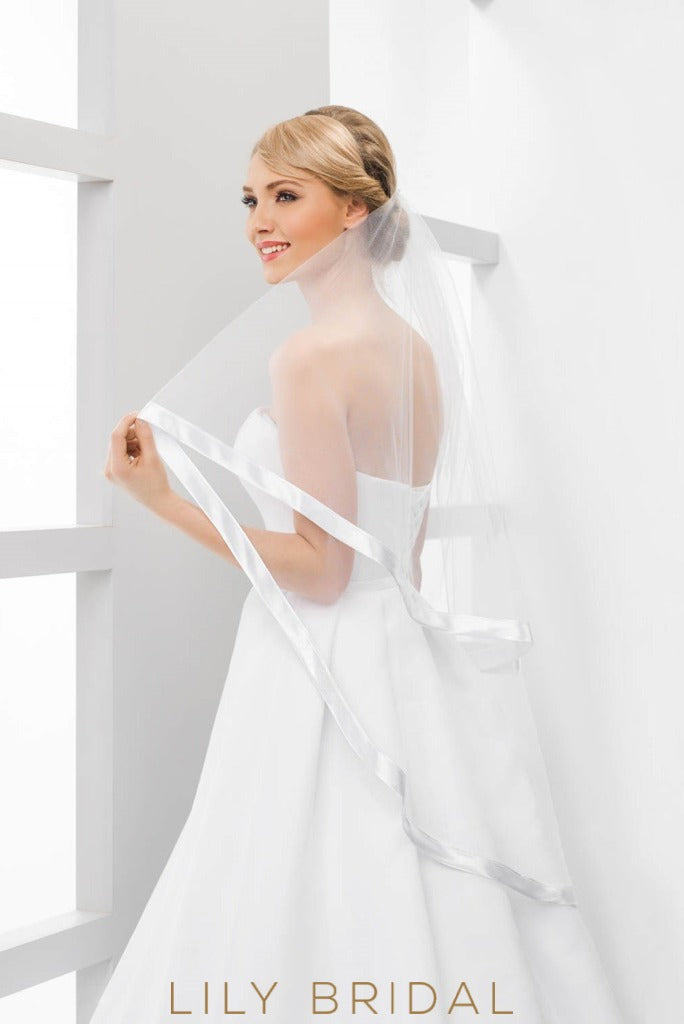ribbon edge bridal veil