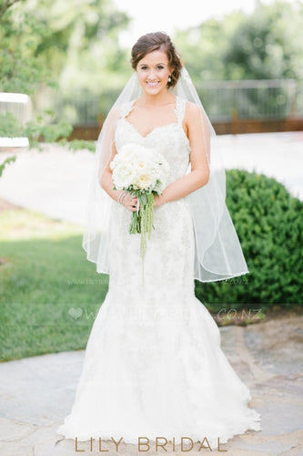 Single Layer Beaded Edge Hip Length Bridal Veil