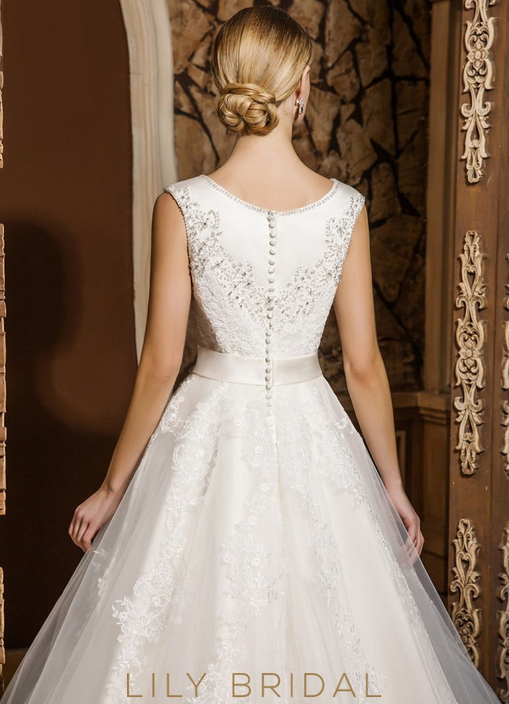 Ivory Sleeveless Lace Scoop Neckline Ball Gown Wedding Dress