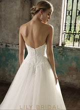Sweetheart Lace Tulle Ball Gown Ivory Wedding Dress