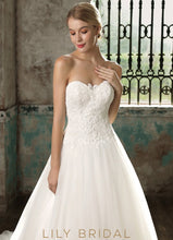 Strapless Lace Tulle Ball Gown Ivory Wedding Dress
