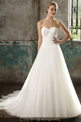 Strapless Sweetheart Lace Tulle Ball Gown Ivory Wedding Dress