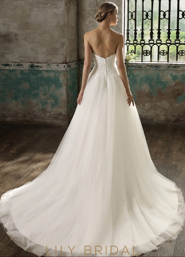 Strapless Sweetheart Tulle Ball Gown Ivory Wedding Dress