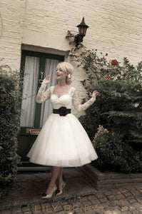 Sweetheart Long Sleeve Illusion Lace Tulle Short Wedding Dress With Corsage