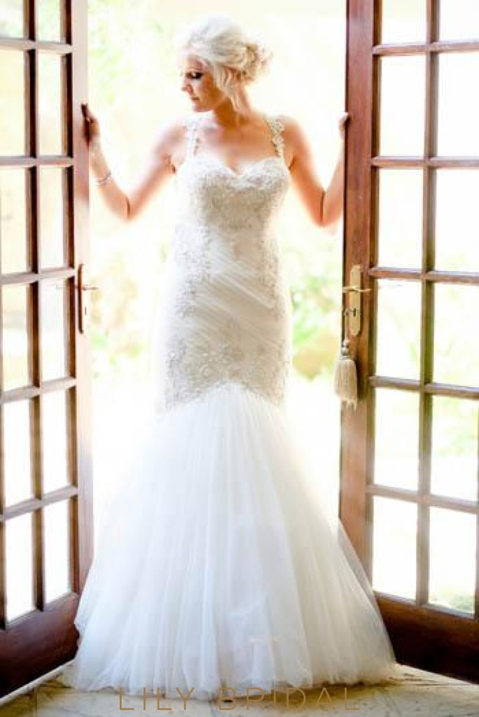 Sweetheart Strap Floor Length Tulle Mermaid Bridal Dress With Lace