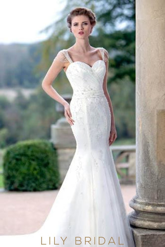 Trumpet Sweetheart Strap Tulle Wedding Dress With Crystals