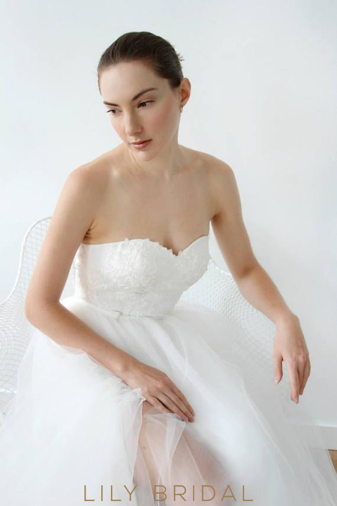 A-line Tulle Lace Strapless Dress with Sweetheart Neckline