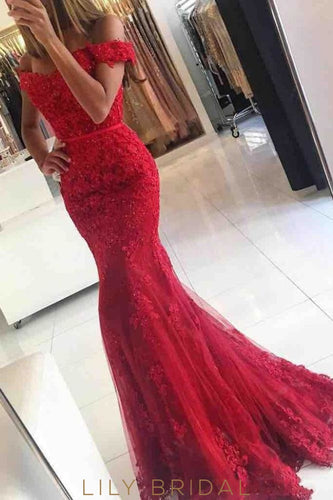 d6e1e3c046b2 Mermaid Tulle Off-the-Shoulder Red Lace Tulle Sweep Train Prom Dress