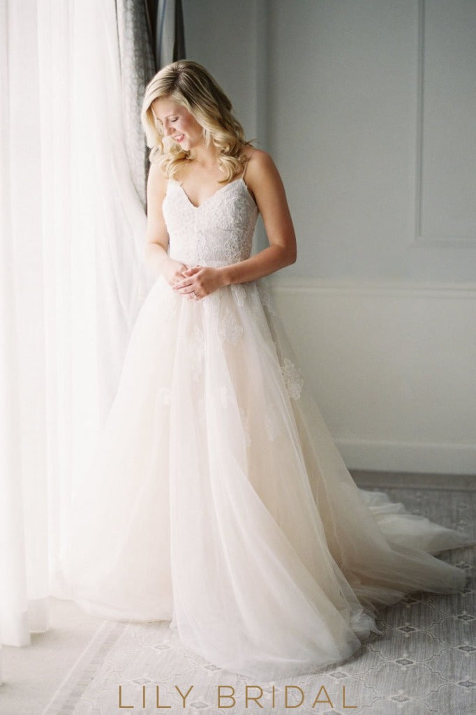 Scoop Back Tulle Wedding Dress Spaghetti Straps V-Neckline Empire Waist