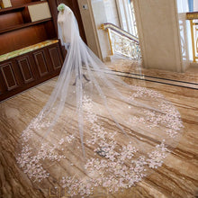 weeding veil with embroidery applique