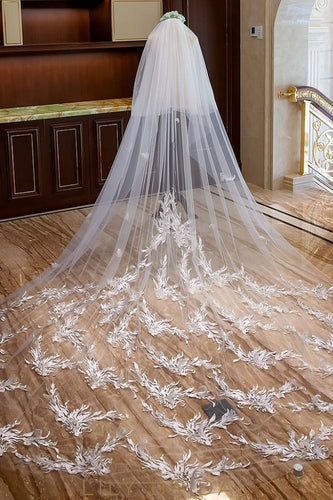 cut edge cathedral veil