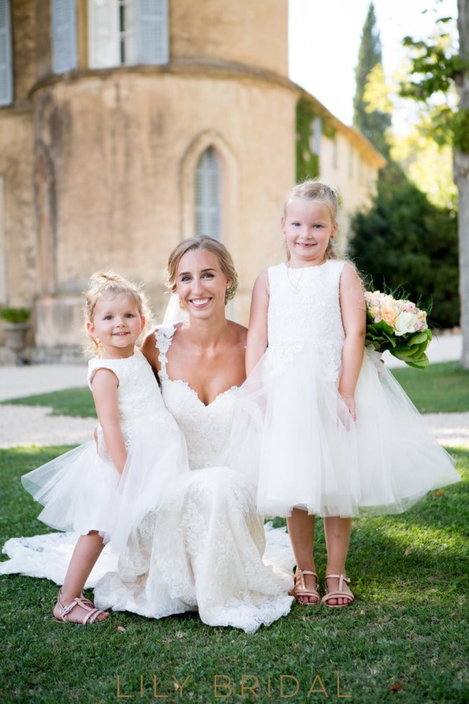 White Ball-Gown Knee-Length Tulle Flower Girl Dress With Lace Bodice
