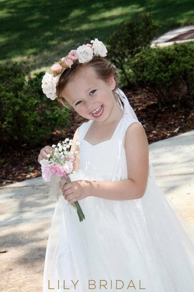 White Sweetheart Strap Knee-Length Ball Gown Flower Girl Dress With Bowknot