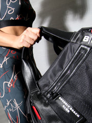 TRAVEL GYM BAG BLACK