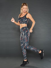AAO SCRIPT ATHLETIC CROP TOP