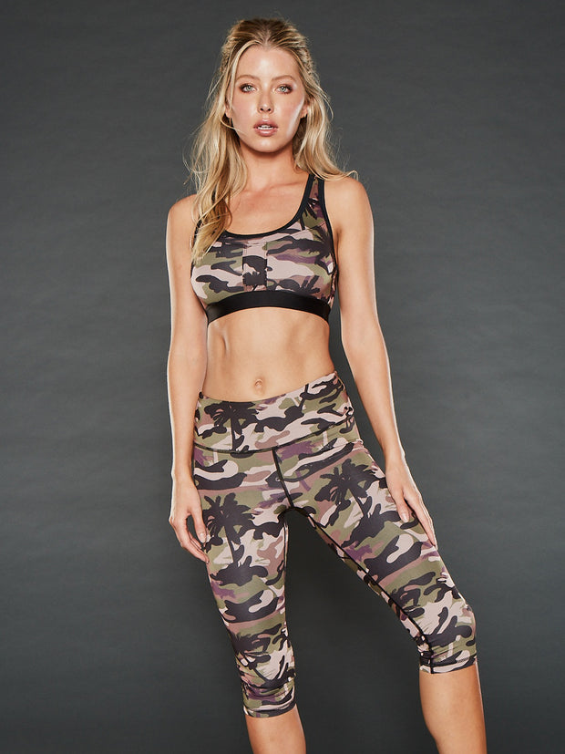 PALM CAMO MID RISE CROPPED LEGGING