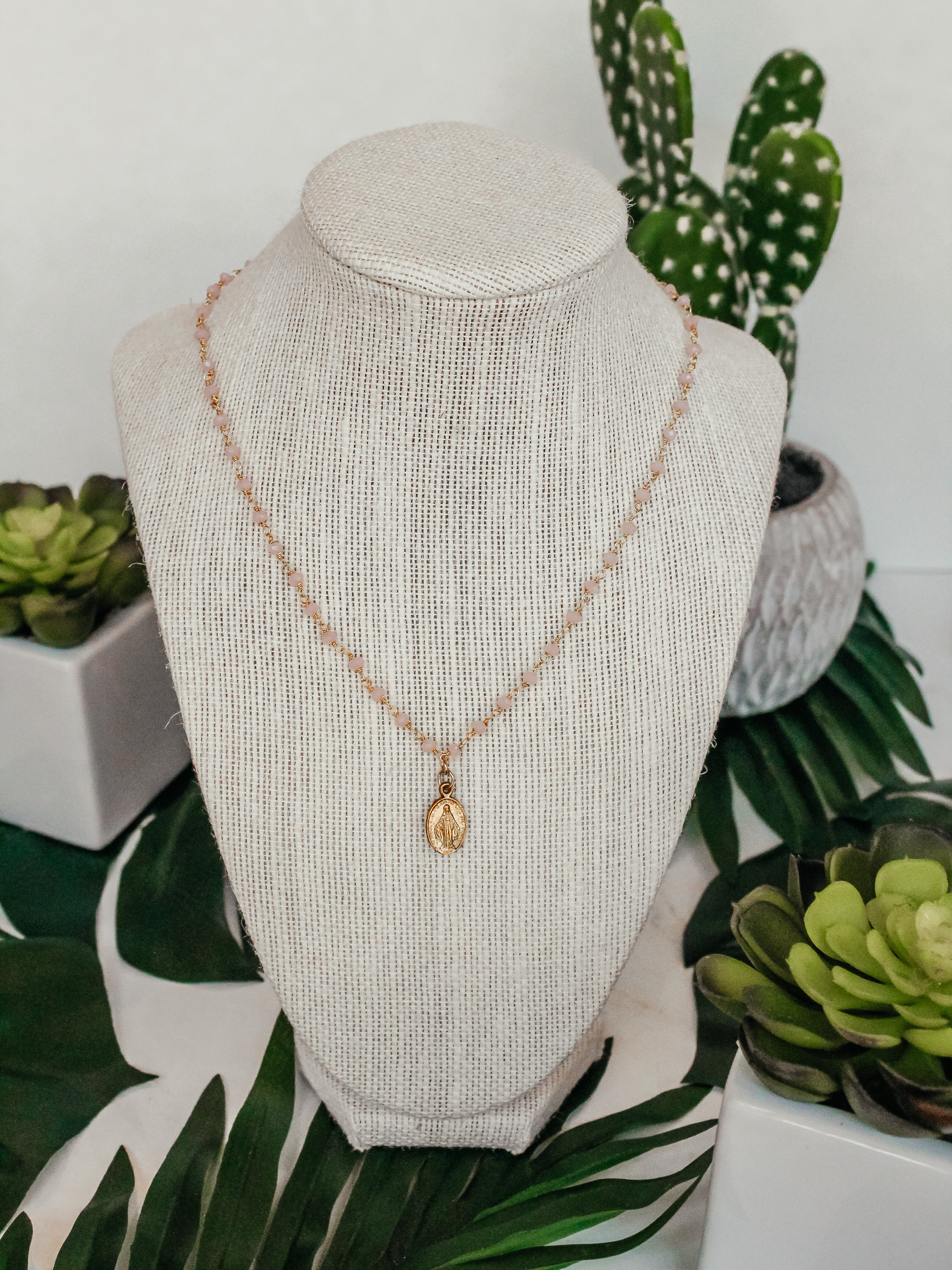 The Aulivia Necklace