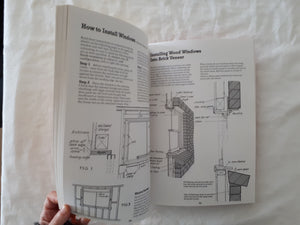 The Australian Renovator's Manual by Allan Staines