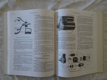 Load image into Gallery viewer, Gregorys Bluebird Series 3 1985-1966 Service and Repair Manual