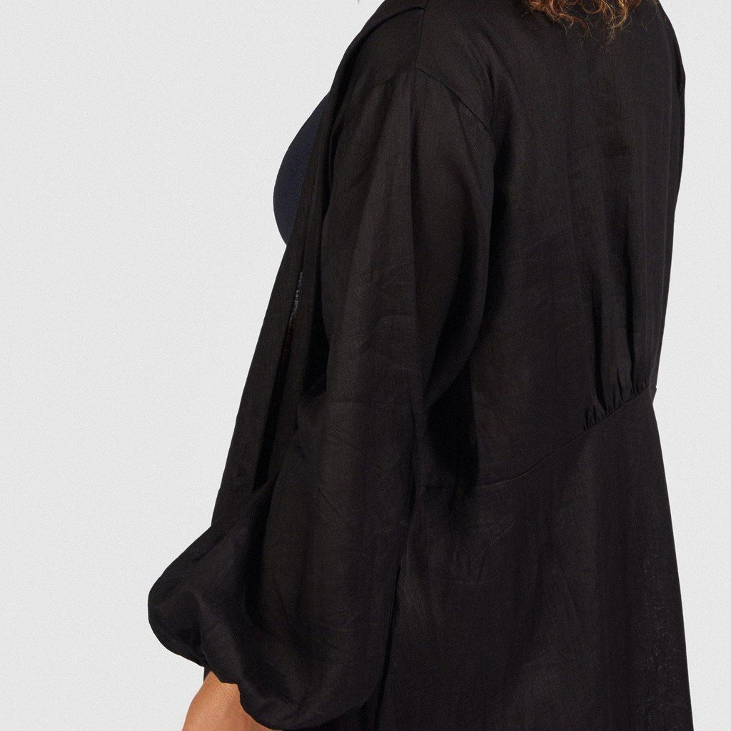 Dusk 'Till Dawn / beach robe / Black