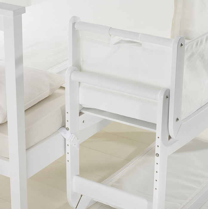SnuzPod Bedside Crib and Mattress (White)