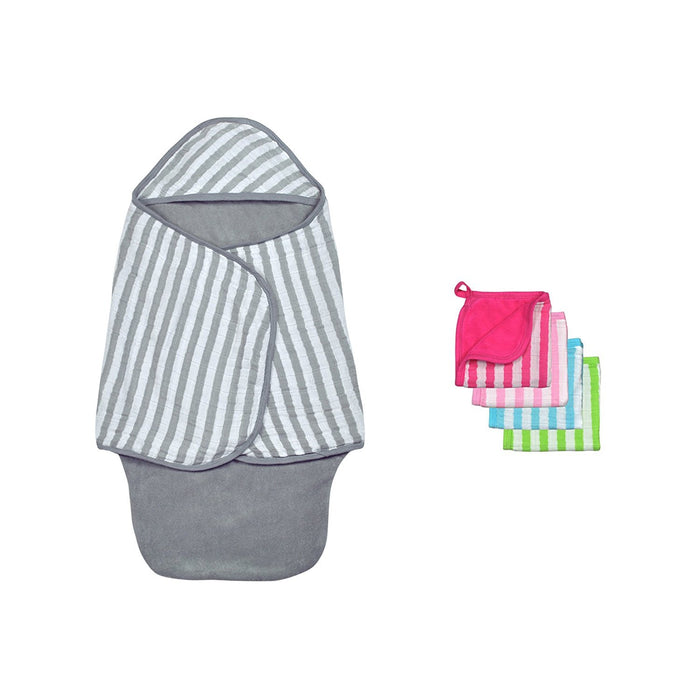 Green Sprouts Muslin Baby Bath Swaddle and Washcloth Set made from Organic Cotton, Grey/Pink