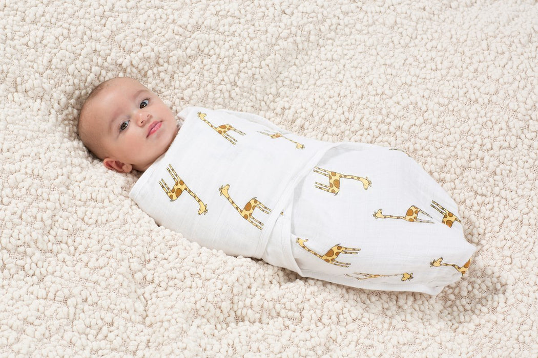 aden + anais Jungle Jam Giraffe Easy Swaddle (Small/ Medium)