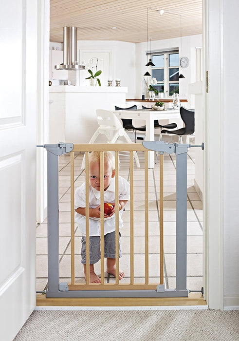 Baby Dan Avantgarde Safety Gate / Door / Stairguard, 71.3 - 97.6 c, Beech / Silver