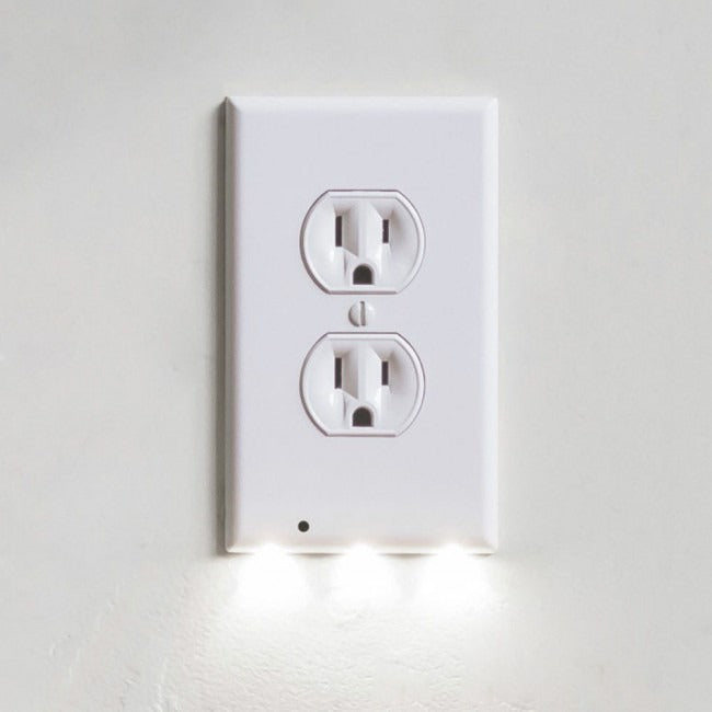 Wall Outlet Coverplate w/ LED Night Lights (Auto on/off)