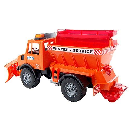 02572 MB-Unimog Winter Service with Snow Plough
