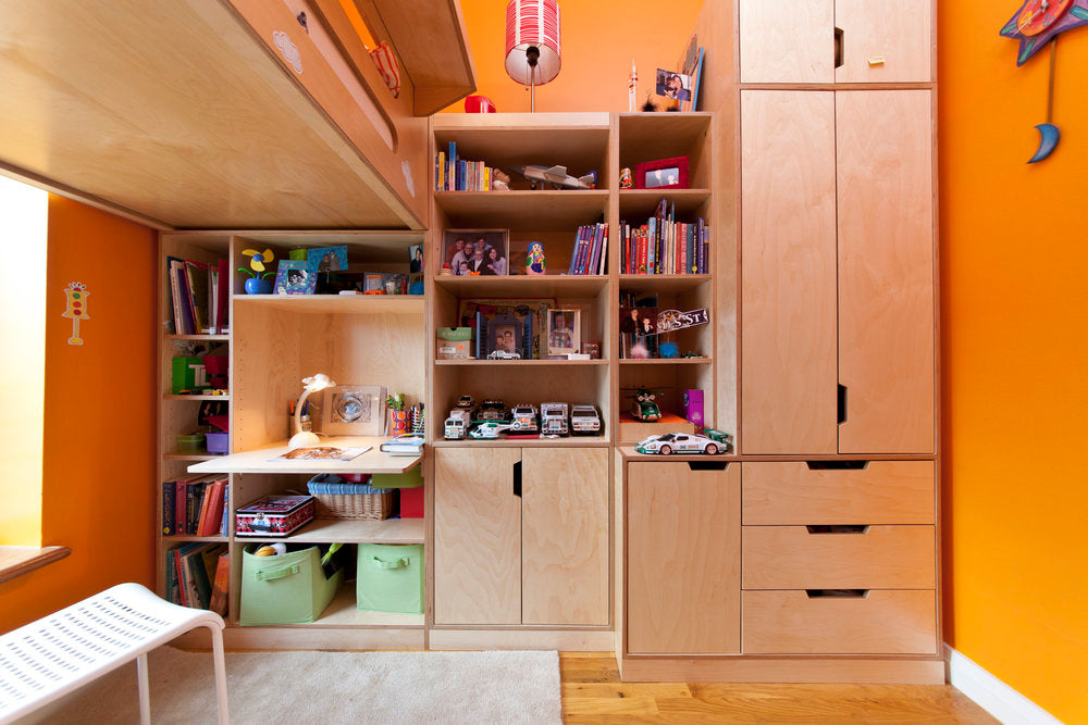 HOW TO INCORPORATE STUDY SPACE INTO YOUR CHILD'S ROOM