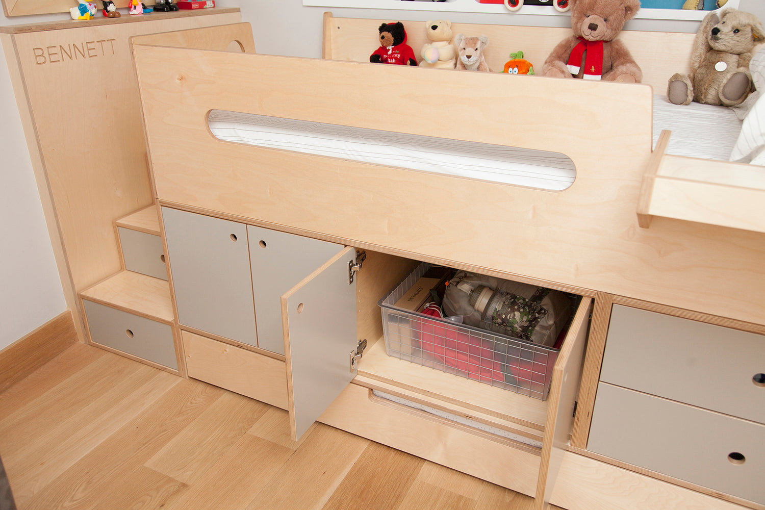 Casa Kids bed cabinets