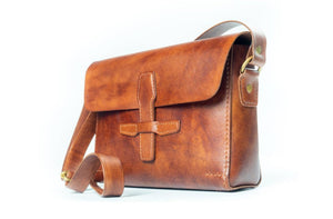 Shoulder Bag / Brown