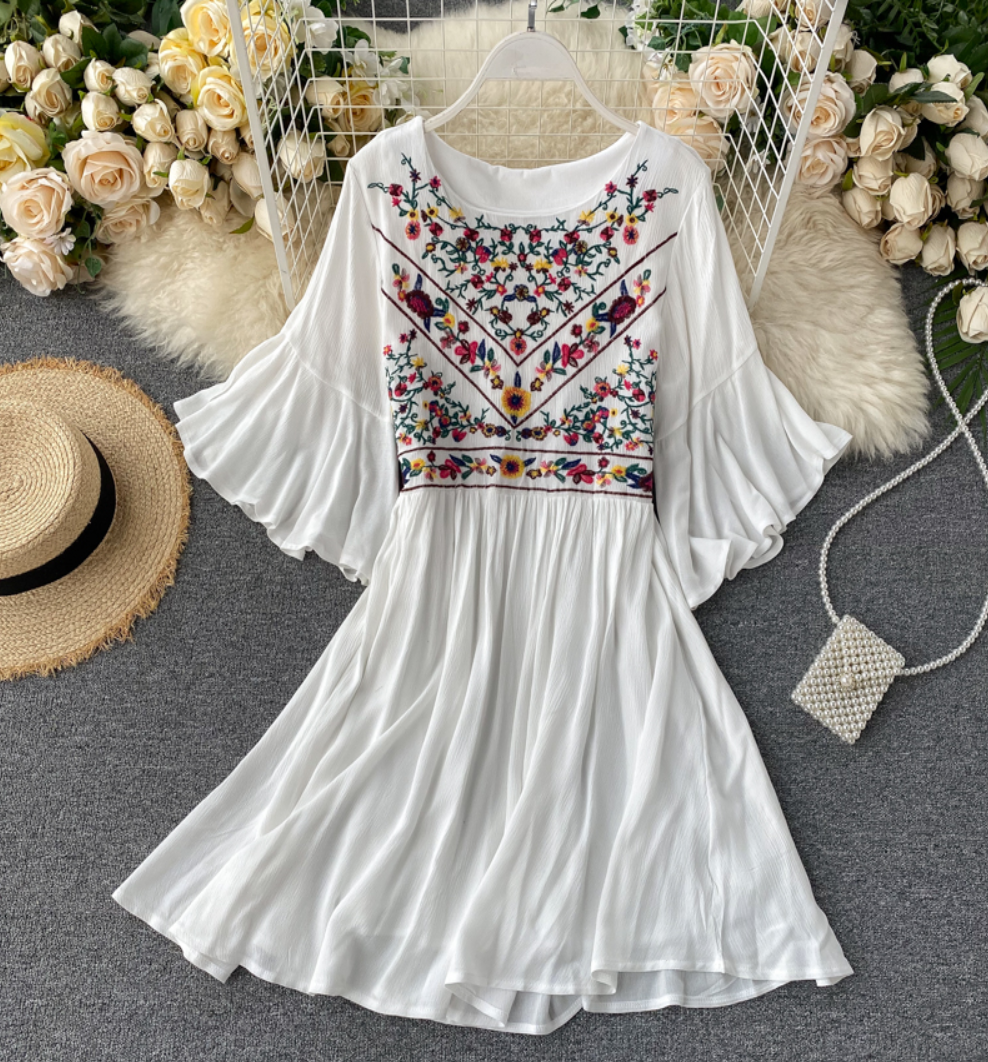 Horn-Sleeved Embroidered Tunic Dress [Popular]