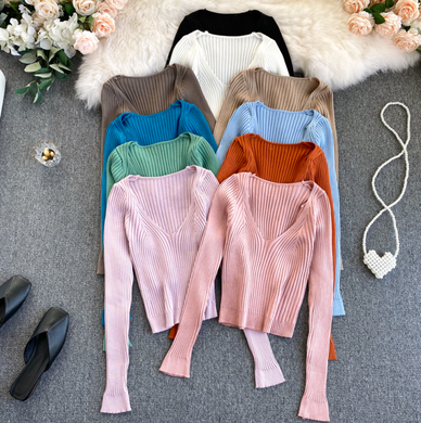 Basic V-Neck Knitted Top