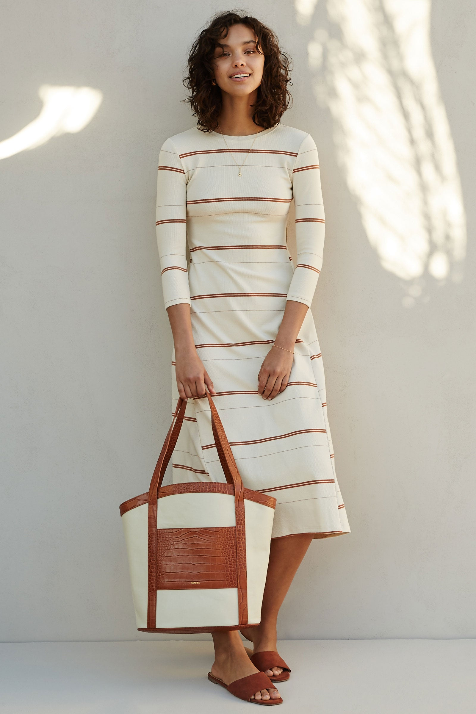 THE LINNA DRESS
