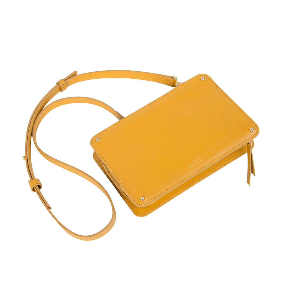 THE ELODIE CLUTCH