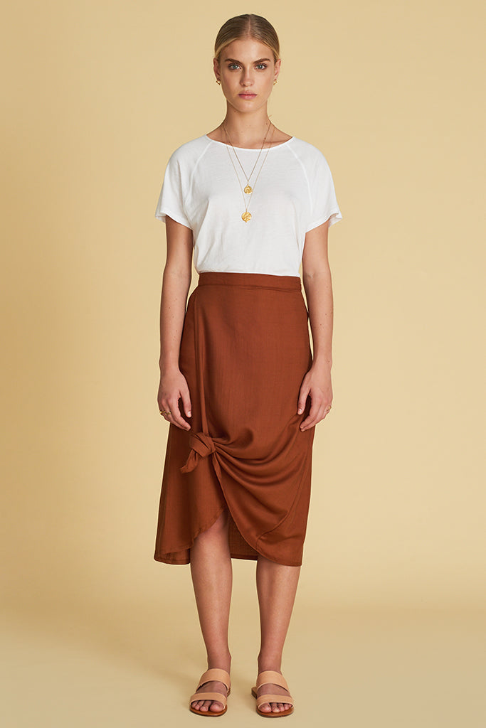 THE DARIA KNOT SKIRT