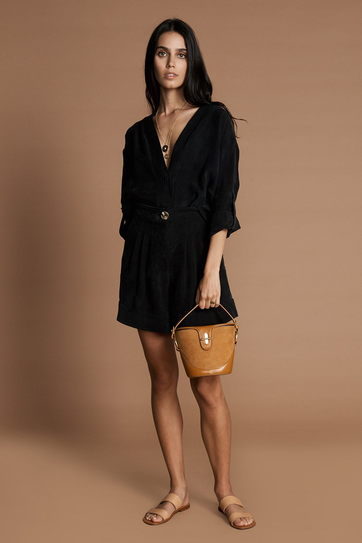THE SIDONIE BUCKET BAG