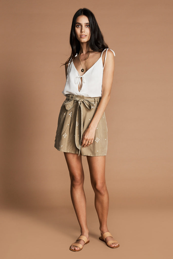 THE OLIVIANE SHORTS